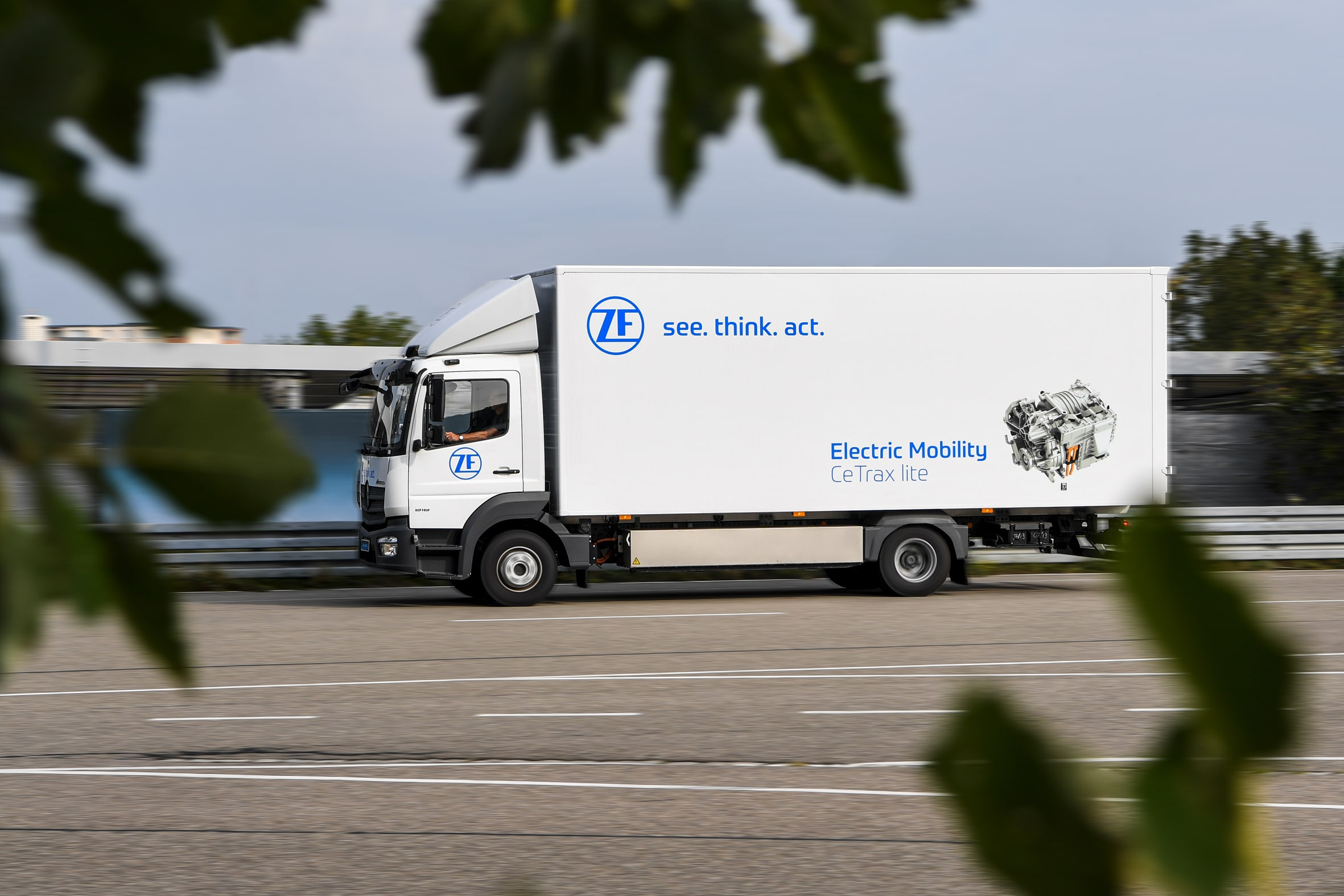 ZF's All-Electric Central Drive Solution: CeTrax Lite