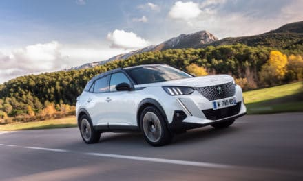 The PEUGEOT e-2008 Wins the Argus 2021 Trophy in the Electric SUV Category
